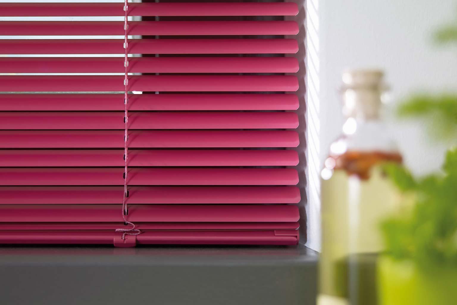 jalousie nach ma zum g nstigem preis bei jalousieshop. Black Bedroom Furniture Sets. Home Design Ideas